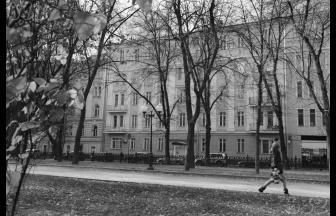 Gogolskiy Boulevard, 25. Behind the facade was the wing where Shalamov lived with Olga Neklyudova. Photo: begom.com