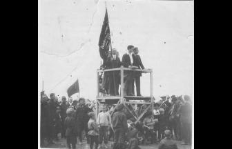 Demonstration at Khodynskoe pole, 1920s. Photo: russiainphoto.ru