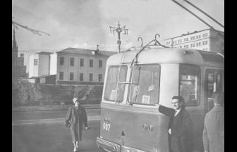 Novinskii Lane, 1962. The photograph is dated on pastvu.com. The prison building is presumably in the background.