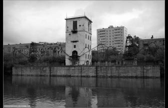 Причал мелькомбината № 4. 2009 г. Фото: журнал Александра Russos Попова