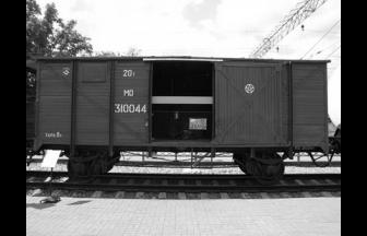 Товарный вагон-«теплушка». Фото: Ю. Филатов. Путешествие в «теплушке» // Локотранс, 2014, № 5. С. 15