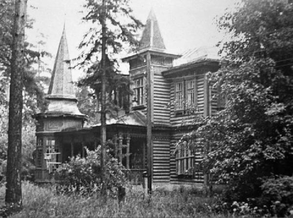 Summer residence in Klyazma. Photograph: PastVu