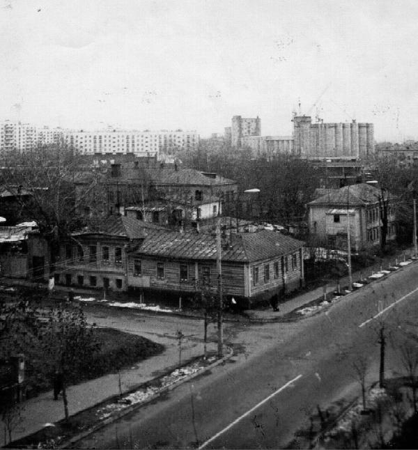 Part of Malenkovskaya Street. Source: PastVu