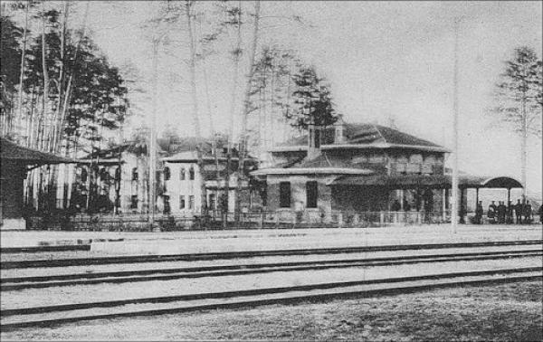 Kozhukhovo railway station at the beginning of the 20th century. Photo: PastVu