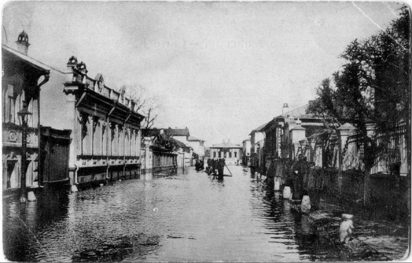Kuznetsky Lane (Pereulok) in 1908. Today this is the part of the Vishnyakovskiy Lane (Pereulok). Presumably, the house no. 6 where the orphanage was located is on the left side.