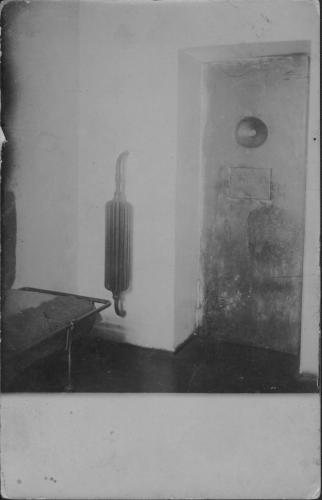 Одиночная камера Московской военной тюрьмы. 1905–1906 гг. Фото: ГАРФ. Ф. 533. Оп. 6. Д. 5754