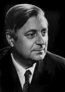Борис Сучков